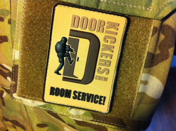 "3D Rubber MORALE PATCH: ""DOORKICKERS CREW"" Large,multic."