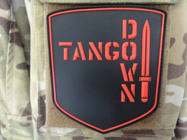 "3D Rubber MORALE PATCH: ""TANGO DOWN"" knife"