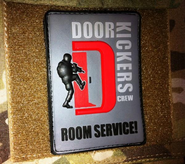 """3D Rubber MORALE PATCH: """"DOORKICKERS CREW"""" large, nightcamo"""